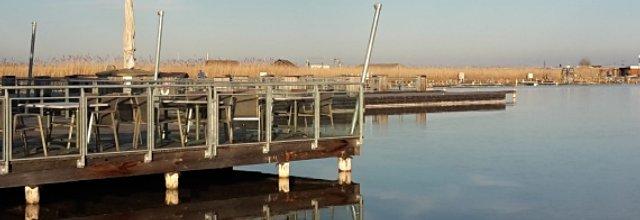 Blick über den Neusiedler See im Seebad Rust