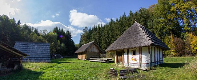 Freilichtmuseum Frühmittelalterdorf