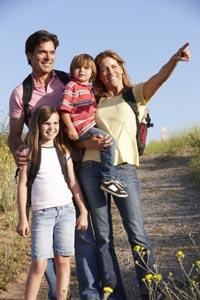 Familie beim Ausflug