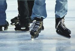 Familien Eislaufen in der Eishalle Amstetten