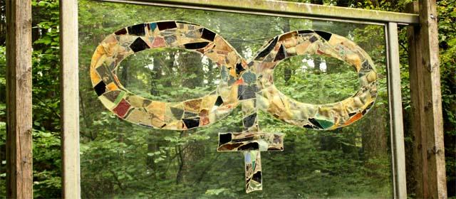 Glas-Zeichen im gläsernen Tal