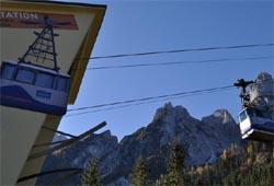 Blick auf die Gosaukammbahn bei der Talstation