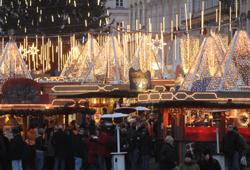 /oberoesterreich/linz-stadt/advent/christkindlmarkt-linzer-hauptplatz
