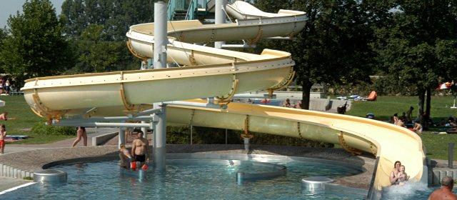 Erlebnisoase Schörgenhub Badespaß Im Linzer Schörgenhubbad