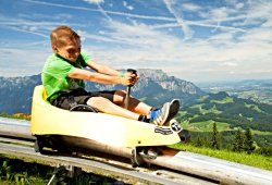 /salzburg/hallein/sport-abenteuer/sommerrodelbahn-keltenblitz-duerrnberg-hallein