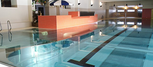 Badespaß im Hallenbad Galtür
