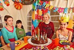 /tirol/schwaz/kindergeburtstag/kindergeburtstag-indoorspielplatz-happyhopp-vomp
