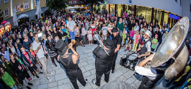 Olala Straßentheaterfestival in Lienz