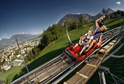 /tirol/lienz/sport-abenteuer/ganzjahresrodelbahn-osttirodler-alpine-coaster-lienz
