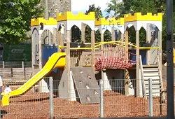 Kletterburg im Wiener Esterhazypark