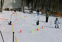 /wien/wien-14/sport-abenteuer/skianlage-hohe-wand-wiese-wien