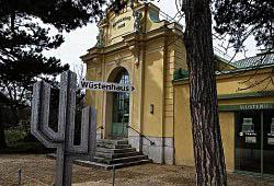 /wien/wien-13/tierpark/wuestenhaus-schlosspark-schoenbrunn-wien