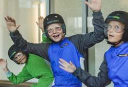 Kinder im Windtunnel Windobona im Wiener Parter
